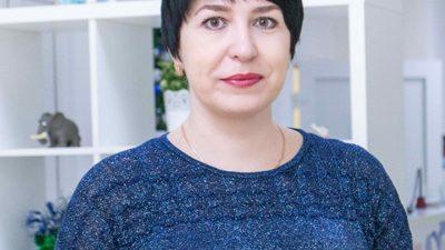 Яблокова Елена Валерьевна - учитель-логопед на ул. Лизюкова, 24