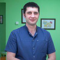 Шарапов Александр Владимирович - массажист в медицинском центре