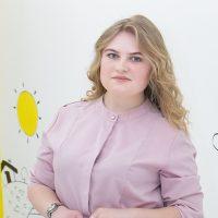 Золотарева Кристина Юрьевна - учитель-логопед в филиале на ул. Шишкова, 107а
